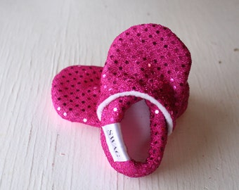 Baby booties girls Slippers Crib Shoes Infant newborn Soft Soled Shoes Sparkly Fuschia Pink Raspberry Sequins non slip SWAG shower gift