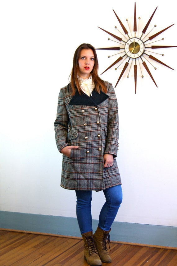 Mod 60 Coat, Plaid wool coat, Vintage 1960s coat, 60s plaid coat, Gray Black Green plaid, Double Breasted coat,Big Collar, Long Tweed Jacket
