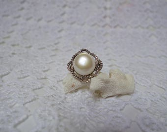 Silver ring and beads natural T55