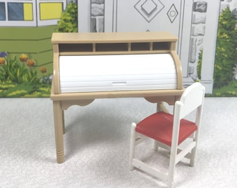 TOMY DESK and CHAIR, 1970's to 1980's, Hard Plastic, 1:18 Lundby Scale, Smaller Homes & Garden, Vintage Dollhouse Furniture