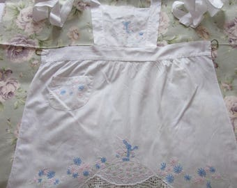 Vintage apron for children / Old apron for children