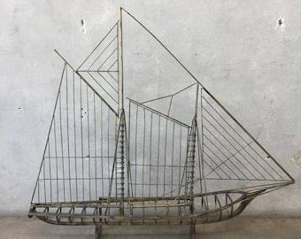 Mid Century Metal Sail Boat Sculpture (V5L8HV)