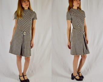 Xs/S 1960s Black and White Scooter Dress