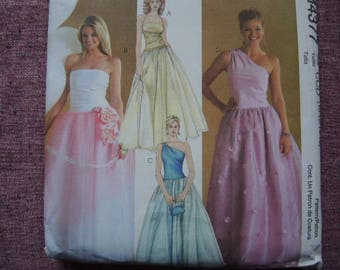 McCalls sewing pattern 4377 misses evening gown prom dress  UNCUT size 10-12-14-16