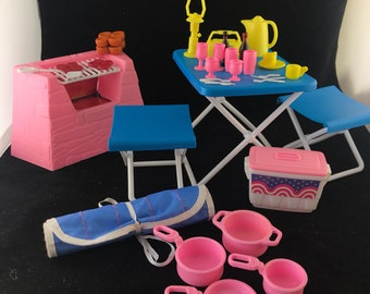 1990 Mattel Barbie Western Fun Camping Playset (incomplete)