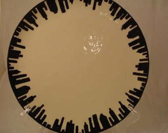 Dinner Plate, Black and White