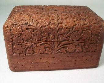 Carved Box Cigarette Box Divided Box       W110