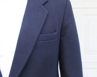 1970s vintage mens navy blue cashmere and wool blazer, with braided leather buttons