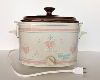 Corning Ware FOREVER YOURS 3-Quart Rival Crock Pot - Beige Pyroceram Insert with Amber Pyrex A-9-C Lid - Excellent Working Condition