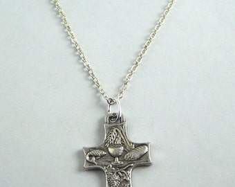 Holy Communion Necklace