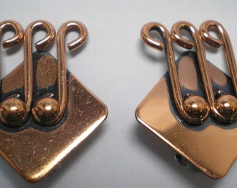 RENOIR  Copper Clip Earrings Musical Notes   Item No: 16022