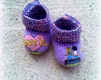 Infant Shoes Soft Sole Booties Pregnancy Baby Gift Organic Crib Shoes Baptism Baby Girl Coming Home Slippers Vegan Felted Purple Merino Wool