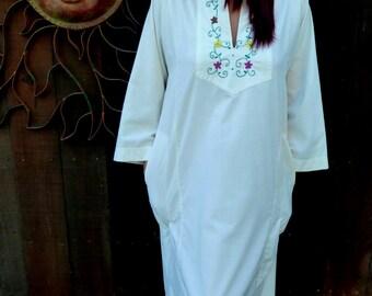 Vintage 1970's Hand Emboidered Caftan Dress, Bohemian, Hippie, Folk, Festval Wear, LoungeWear