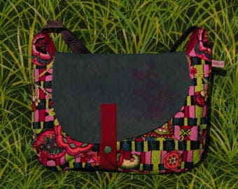 S63 velvet bag print pink flowers and lime with green leather flap