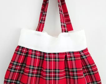 Christmassy red and green traditional tartan checkered print handbag tote messenger bag with cream trim lined