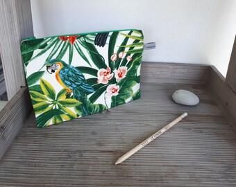 Makeup, tropical bird, Parrot Green