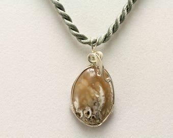 Moss Agate Pendant. Listing 551015565