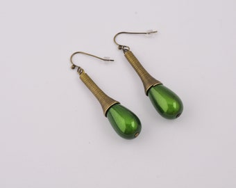 Earrings bronze and drops green magic beads
