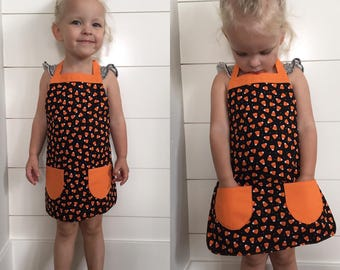 Child's Candy Corn Apron/Halloween apron/trick or treat/toddler apron