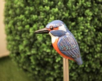 Winter-proof ceramic decoration for home and garden 'Kingfisher' H14cm. Handmade by © Midene (GK601-1)