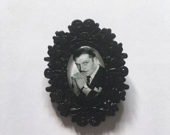 Vincent Price Cameo Brooch