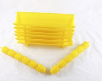 Corn Cob Holders Skewers Vintage Trays Yellow Retro Picnic Ware Plastic Picnic Gift for Women