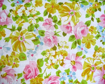 One Yard of Vintage Sheet Fabric - Pastel Rose Floral - 1 yd