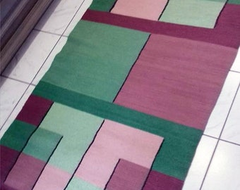 Handmade wool rug in green and rose. Green kilim rug. Area rug. Rug runner. Hand woven accent rug.