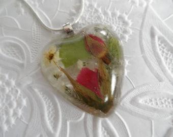 Red Rosebuds Pressed Flower Resin Heart Pendant-Baby's Breath, Bridal Veil, Ferns-Symbolizes True Love-Nature's Wearable Art-Gifts Under 30