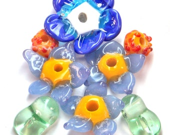 Lampwork Glass Blue Flowers Daisies Glass Beads for Jewelry Design OOAK