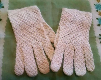 Lovely Vintage Gloves Off White Crocheted Women's or Ladies' Gloves Made in Italy Cotton Ivory Gloves Small Gloves Shabby Cottage Chic Decor