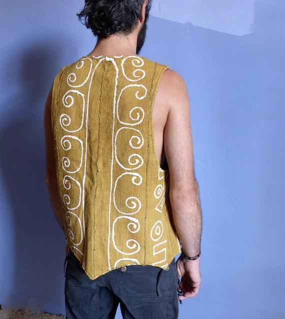 Jacket ethnic African kora, bogolan organic cotton, color pigments yellow mustard, sleeveless, pockets