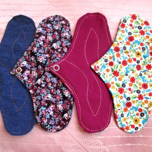 "4 pack flowers Panty-Liners~ washable 20cm / 8"" cloth pantyliners~ daily use/ light flow period/ tampon backup/ incontience~ natural & eco"