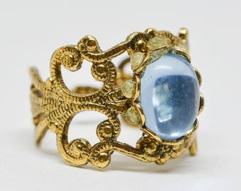 Gorgeous gold tone adjustable ring