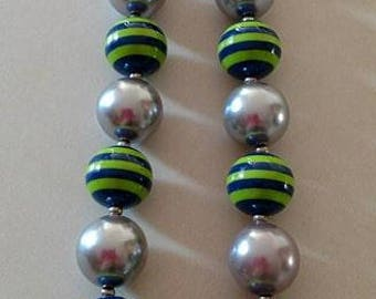 Hawks chunky bead necklace