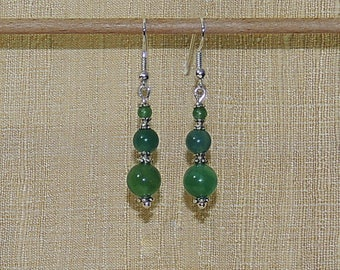 Green agate and silver Pearl Earrings