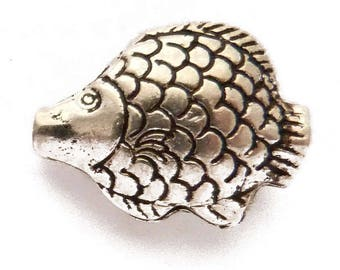 4 charm small fish silver 18 x 24 mm 3D embossed double-sided