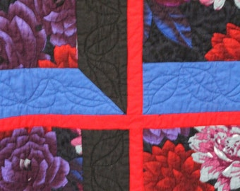 Striking Flower Quilt or Wall Hanging