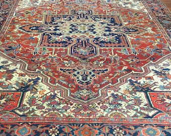 Antique Persian Heriz rug-3521