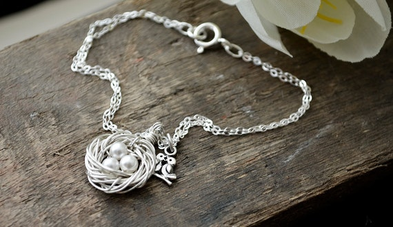 Tiny Silver Birds Nest Bracelet | Mom or Family of 3 Jewelry