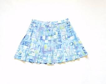 Vintage Womens Size 10 Medium 28 Waist Tail Pleated Mini Skirt Tennis Golf Workwear Classic 60s 70s Rollerskater Fashion y2k Street Style