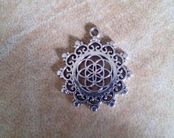 Seed of life mandala pendant. Silver plated flower of life pendant. Sacred geometry pendant.