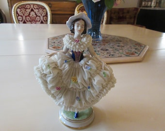 GERMANY FEMALE FIGURINE