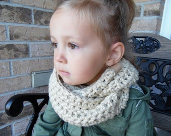 Child's Chunky Crochet  Infinity Scarf