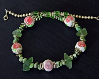 Floral lampwork necklace /Green gemstone necklace with Handmade Lampwork/ Boho Statement necklace / Flower glass necklace / Wedding necklace
