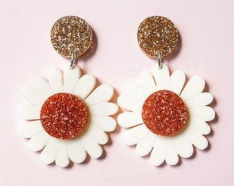 EARRINGS | Daisy : Big And Fancy Hello Miss May Drop Earrings
