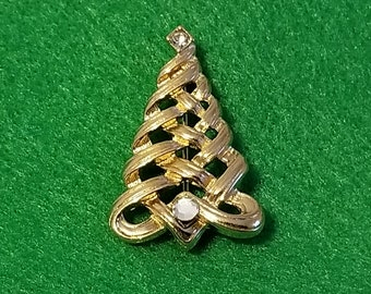 Vintage Avon Textured and Polished Goldtone Christmas Tree Pin Embellished with Rhinestones