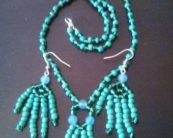 Green Necklace Earring Set -- Native American Feel