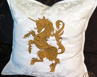 Throw cushion - Royal Unicorn