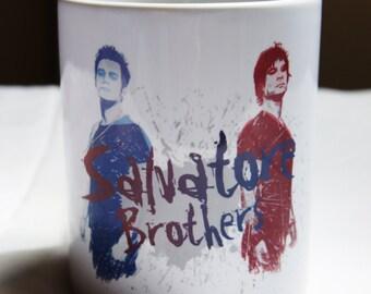 """Mug """"SALVATORE Brothers"""" - The VAMPIRE DIARIES / Stefan Salvatore / Damon Salvatore"""